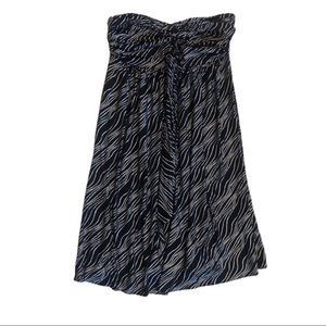 2/$20🌺 Express Black and Silver Strapless Dress